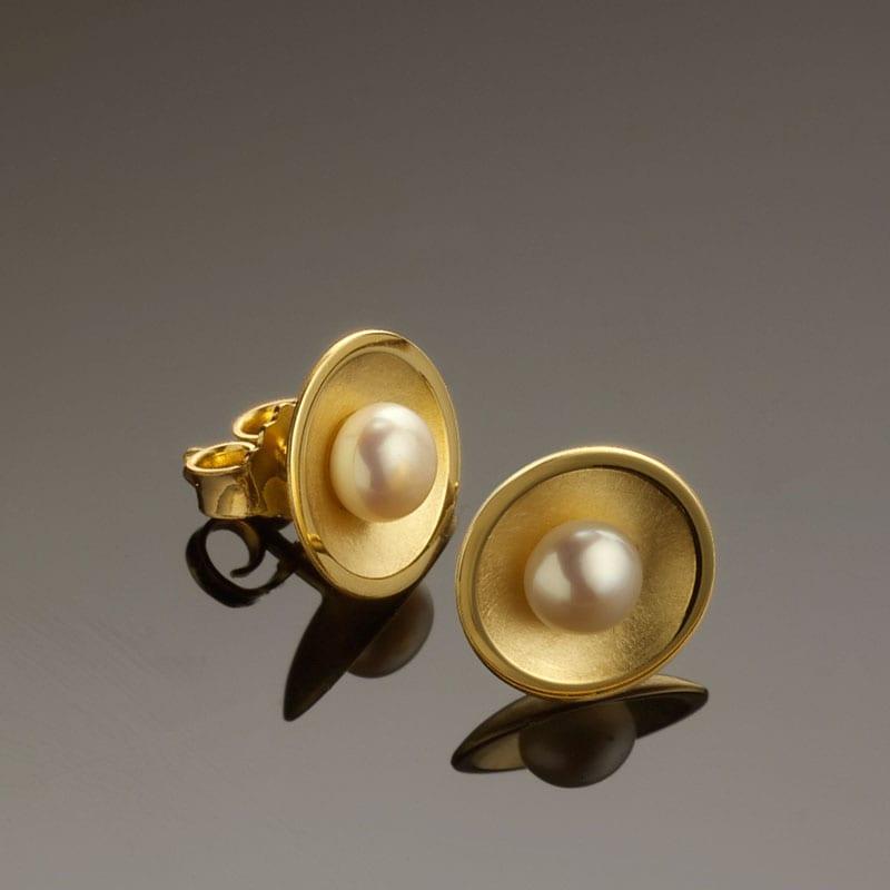 Ohrstecker Gelbgold Perle handgearbeitet